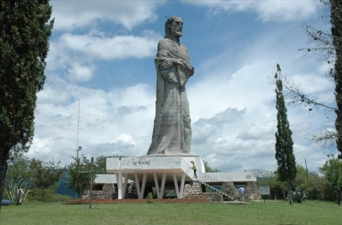 Estatua de Cristo Penitente